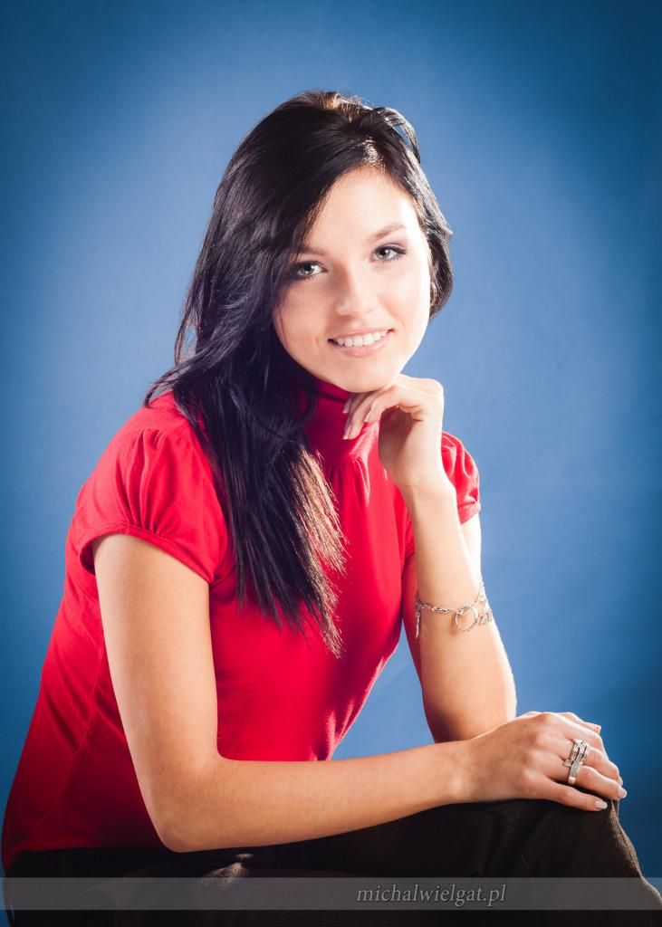 kobieca sesja w studio - Kasia Świerczewska