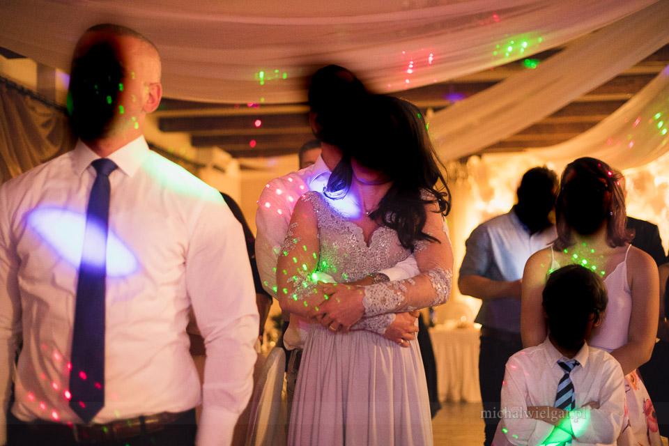 tanie lasery na sale weselną
