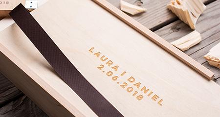 drewniane opakowanie na odbitki